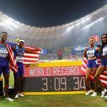 Американците со светски рекорд до злато на мешаната штафета во Доха