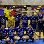 Голем инцидент во Романија: Тренер удри играч од противничката екипа!