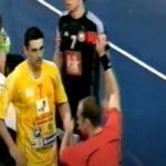 СЕДИ ДОМА, ГЛЕДАЈ РАКОМЕТ: Кире Лазаров ги загуби нервите, а Македонија го загуби натпреварот (ВИДЕО)