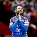 Поранешен македонски селектор го критикува Червар - Што бара Чупиќ на десен бек?!