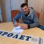 Пролет одново со интернационалец: Потпиша Црногорецот Жарко Пејовиќ